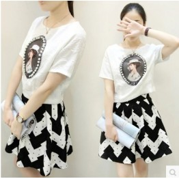 TE6393LDYZ Europe fashion print beads jacquard tops with wave pattern skirt