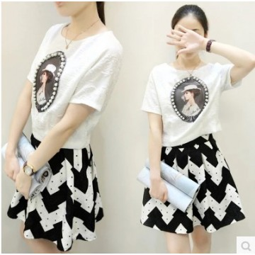 TE6393LDYZ Europe fashion print beads jacquard tops with wave pattern skirt