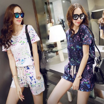 TE8196MEY Colorful paint print round neck T-shirt with shorts