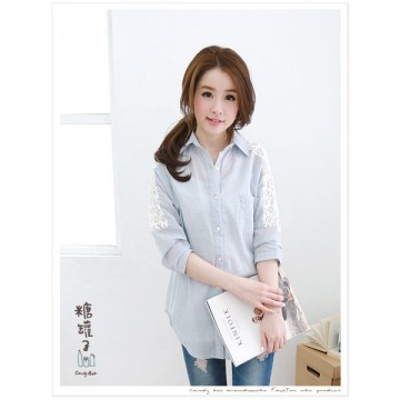 TE8729 Lace splicing back pocket blouse