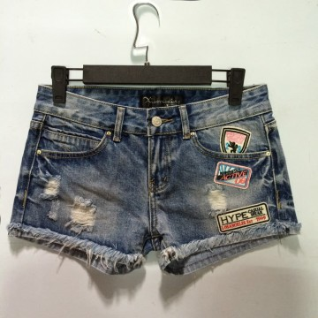 TE9051DFS Summer fashion badge wear out denim shorts
