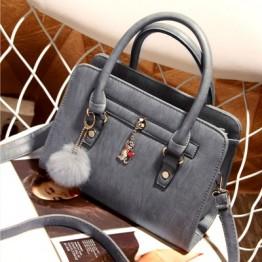 PBB8478 Vintage fashion fluff ball pendant handbag