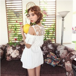 TE9920WJYS Princess lace splicing off shoulder shirt