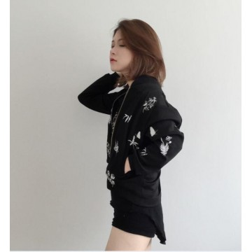 TE674YRYY Autumn new style embroidery stand collar baseball short coat