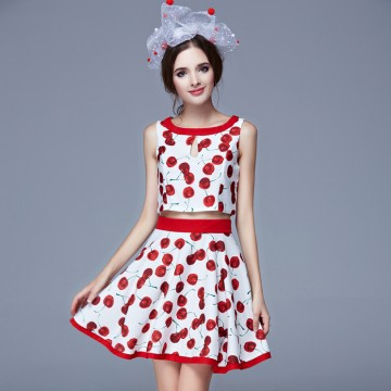 TE9079LLYG Europe fashion cherries print sleeveless tops with A-line skirt