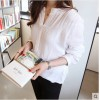 TE1102YMNZ Loose V-neck cotton ramie long sleeve blouse