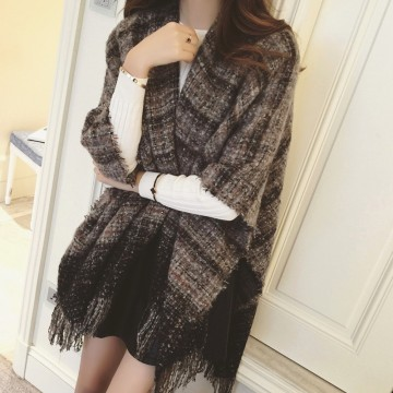 TE8268BLFS Winter checks graphic sense tassel shawl scarf