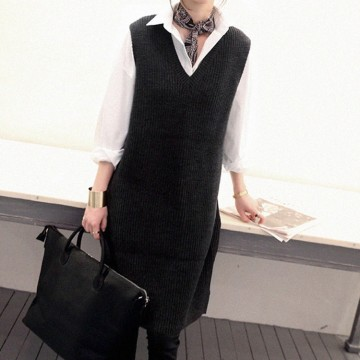 TE8850YLG Preppy style v-neck sleeveless pullover knitting dress