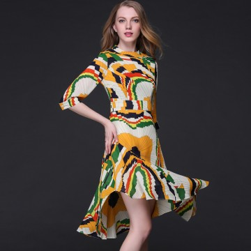 TE9643LLYG Europe fashion abstract geometry print irregular wide hem dress