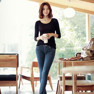 TE8988WMSS Korean fashion joker pure color backing T-shirt black