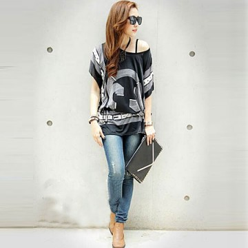 TE59211BLJL Baroque totem pattern off shoulder T-shirt black