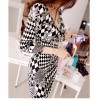 TE68098YWQS Black and white geometry print v-neck slim close fitting dress