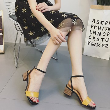 2017 new female summer students Korean version of the British simple and simple words with the Roman high heels