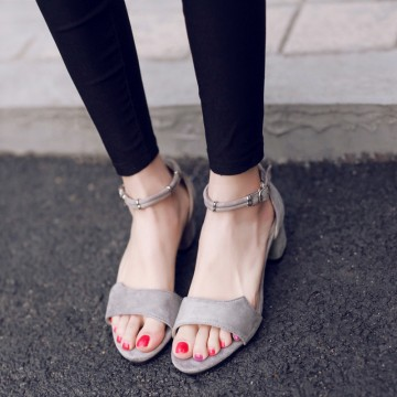 Sandals 2017 new female Korean students with wild rough with open toe was thin with the word buckle shoes summer