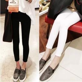 1802 Korean fashion elastic wear nine points pencil jeans
