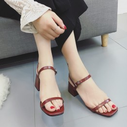 Rough with sandals female summer 2017 new square head with students wild Korean version of the thin word with a Roman high heels
