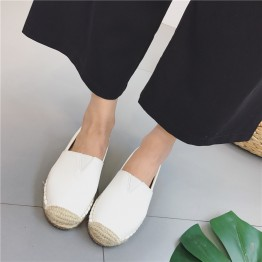 2017 new leather flat-bottomed fisherman shoes female Korean round head a pedal lazy footwear straw shemp rope flat shoes