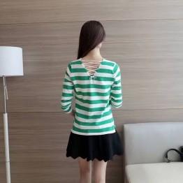 9081 Stripe V Collar Slim Shirt