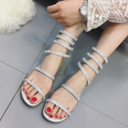 Summer in the new diamond with a diamond-shaped snake-style winding rough with the women's small pepper with the words of the word toe sandals female