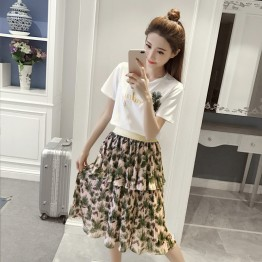 2017 Fashion Set Hawaiian Embroidery Korean Short Sleeve T + Pleated Cake Chiffon Skirt Set