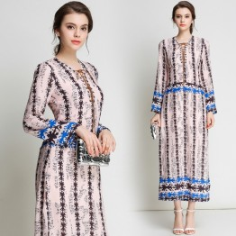 3197 Euramerica V-neck long chiffon dress