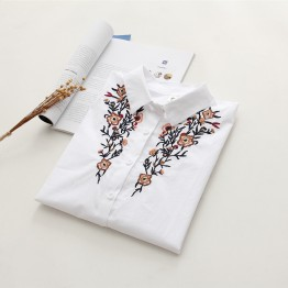 6900 loose long sleeves flowers embroidered cotton shirt