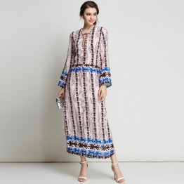 3197 - real shot 2017 Europe and the United States and the new location of the spring printing V-neck on both sides of the fork long section chiffon dress