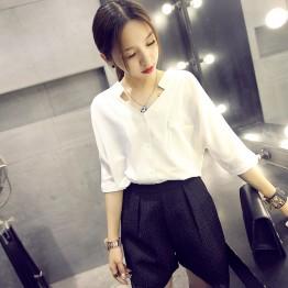 9105 White chiffon shirt loose V-neck bat sleeves new shirt