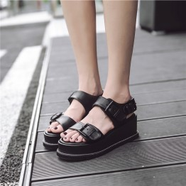 British wind chain thick bottom belt buckle loose sandals white high heels sandals open toe slope with casual sandals