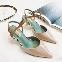 Baotou sandals 2017 new word with students wild Korean black sexy high heels female summer fine with pointed