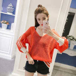 554 Korean fashion V - neck loose sweater