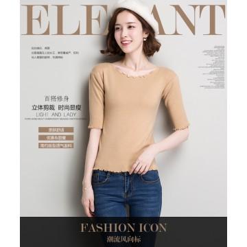 Shor t-sleeved bottom shirt in the sleeve t-shirt Slim half-sleeved knitting