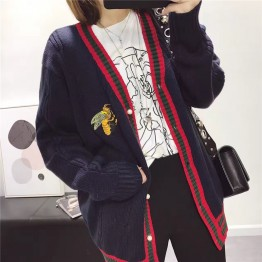 1022 Academy bee embroidery cardigan sweater