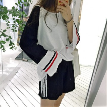 5233 # real shot Korea chic harbor movement wind open fork long sleeve Tee + bar buckle shorts suit female