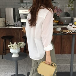 2007 Korean chic loose long sleeve white shirt