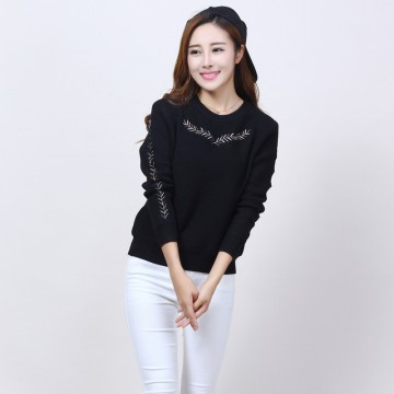 1909 autumn hot Korean fashion round neck embroidery long sleeves sweater