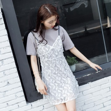 1829 short sleeve T-shirt with lace gallus dress