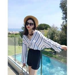 8269 loose v-neck long sleeve blue vertical stripes shirt