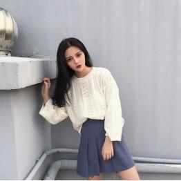 8833 Hong Kong Floral Sweater