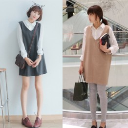 9965 V-neckline vest wool sleeveless dress + with white shirt