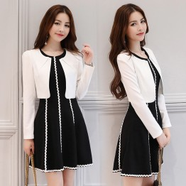 2611 black and white contract color small jacket with sleeveless dress
