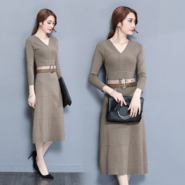 7118 Temperament V-neck knitted long dress